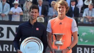 """Tennis 24/7: Djokovic đón tuổi 30 """"đẫm nước mắt"""""""