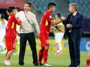 """Bóng đá - U20 VN đi vào lịch sử, HLV Hoàng Anh Tuấn """"quát"""" học trò không được cúi đầu"""
