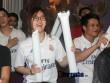 Fan Real tại VN ăn mừng cùng Ronaldo: Nụ hôn và nước mắt