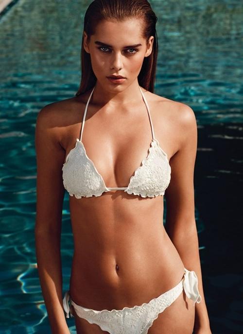 Kỳ lạ mẫu nữ mặc hở đã đẹp, mặc kín lại càng sexy - 2