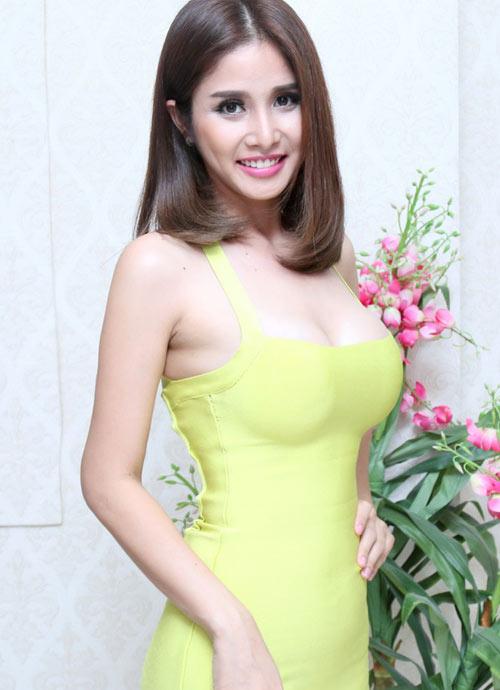 Sau ly hôn chồng, 3 mỹ nhân Việt liền nâng ngực, thay da - 8