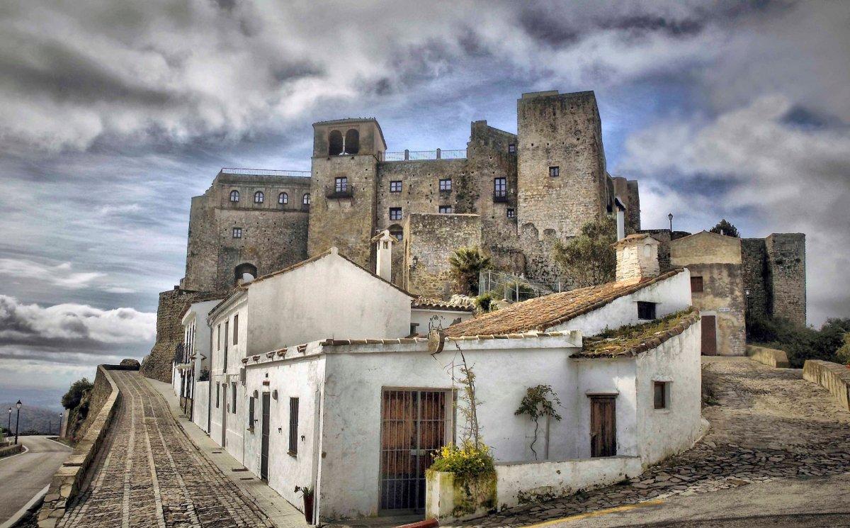 Thuê ngay những lâu đài này để tận hưởng cuộc sống như vua chúa - 11