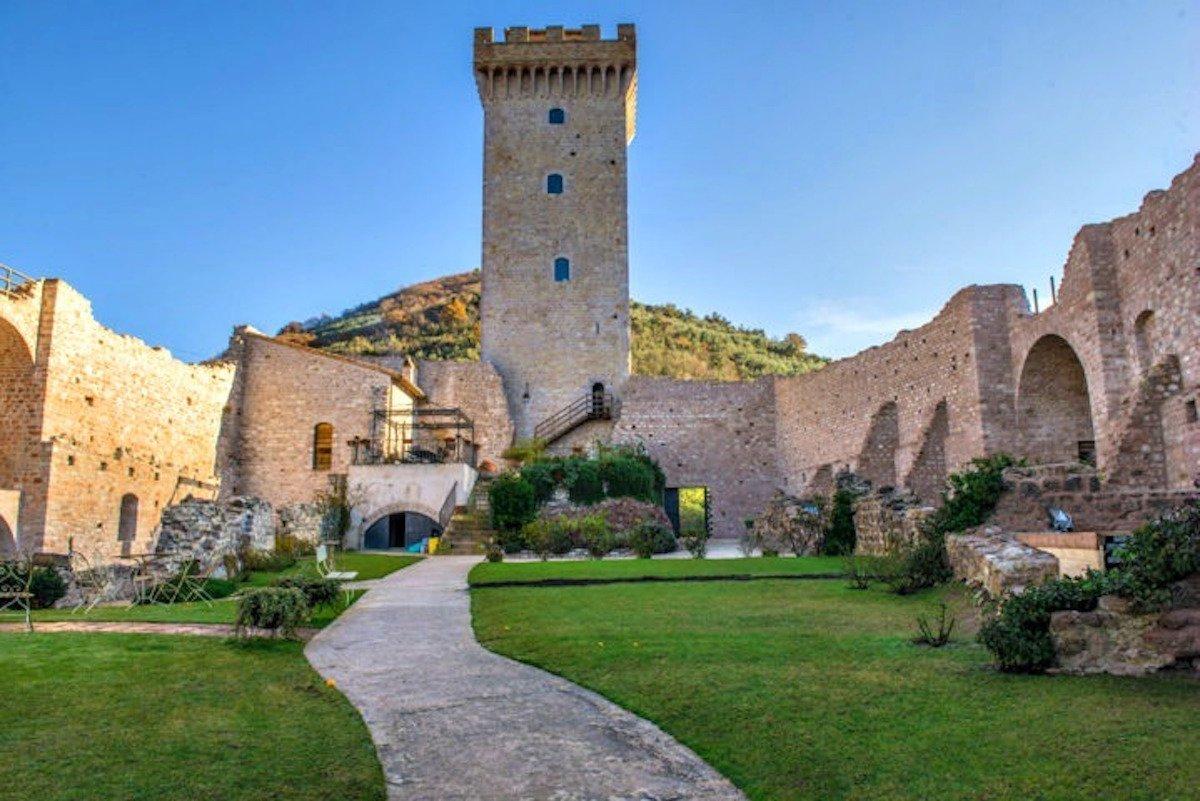 Thuê ngay những lâu đài này để tận hưởng cuộc sống như vua chúa - 8