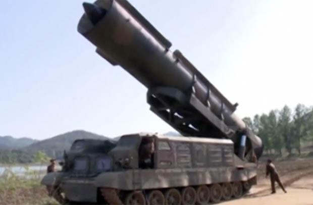 Triều Tiên tung video phô diễn sức mạnh tên lửa hạt nhân - 2