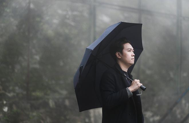 """Theo chân """"bạn diễn"""" đa tài của Lê Hiếu trong hậu trường MV """"Ngày mai sẽ khác"""" - 2"""