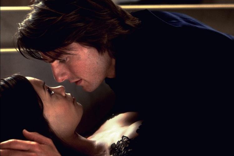 Người đàn ông quyến rũ nhất hành tinh bị chê...hôn dở tệ - 6