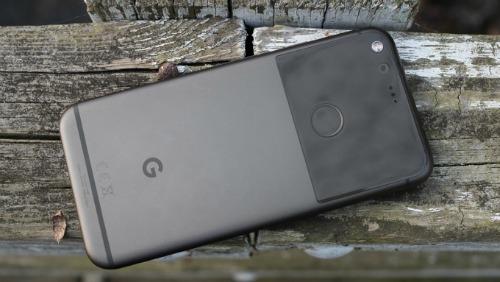 Top smartphone nhỏ gọn đáng mua nhất hiện nay - 2