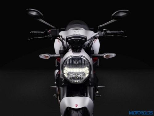 "Ducati Multistrada 950 và Monster 797 sắp ""lên kệ"" - 2"