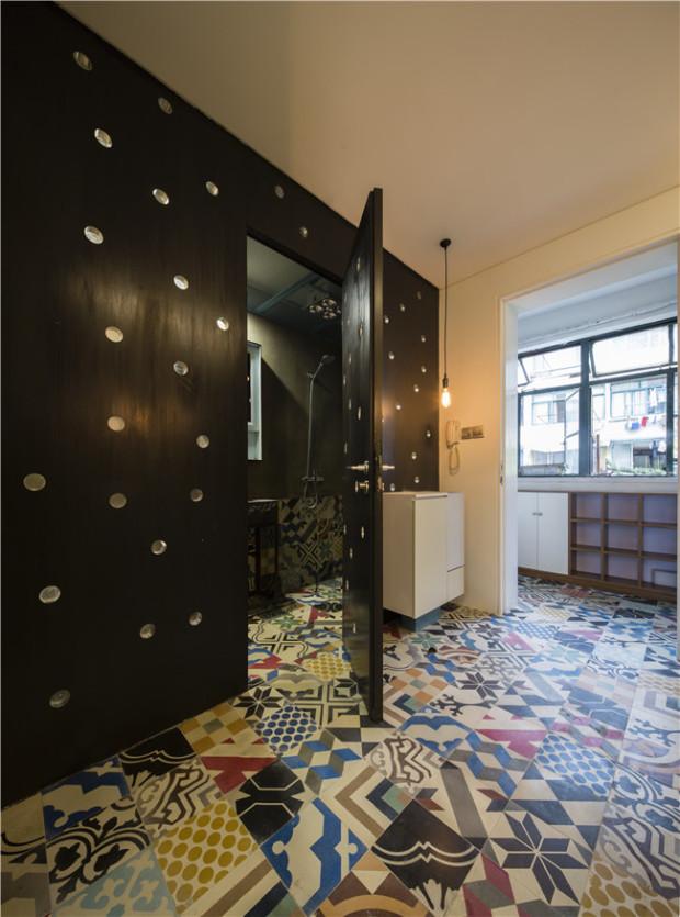 """Giấu nội thất dưới sàn, căn hộ 30m2 trở nên """"thênh thang"""" khó tin - 4"""