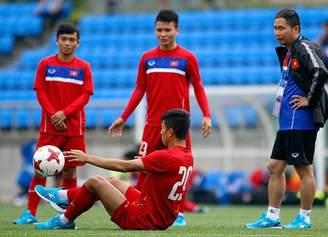 U20 VN: Sao trẻ nhà bầu Đức so tài tâng bóng HLV Hoàng Anh Tuấn - 9