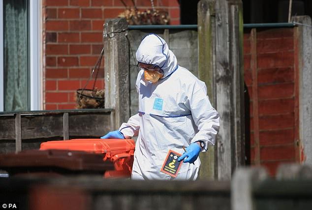 Hàng xóm kể về kẻ đánh bom tự sát đẫm máu ở Manchester - 2