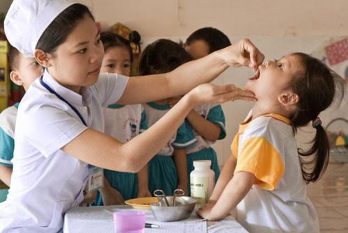 """Báo động trẻ em Việt Nam rơi vào """"nạn đói tiềm ẩn"""" - 1"""