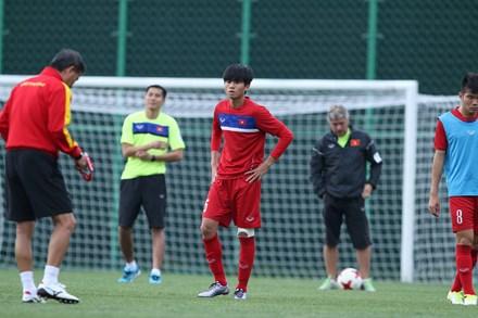 U20 Việt Nam xoay đội hình đấu với Pháp? - 1