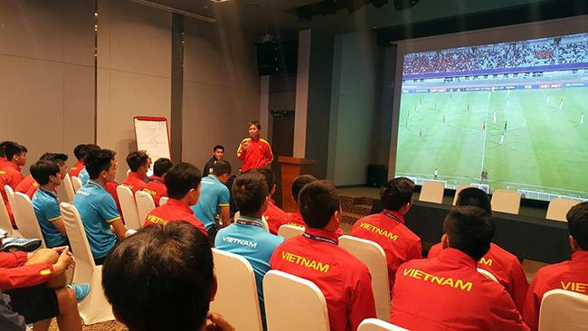 HLV Hoàng Anh Tuấn: U20 Việt Nam không phải sợ ai cả - 2