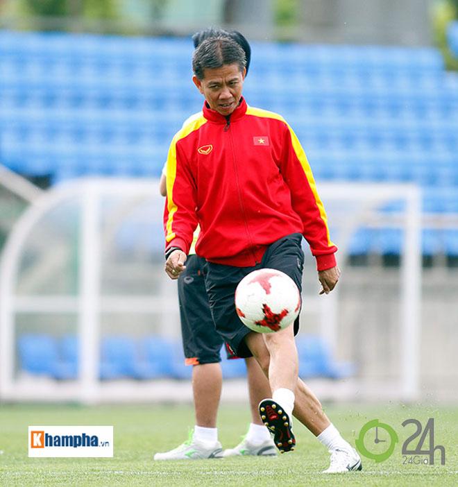 HLV Hoàng Anh Tuấn, U20 Việt Nam: Mất ngủ chỉ vì sợ ma - 4
