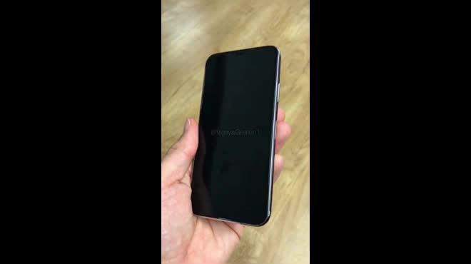 NÓNG: Xuất hiện video thực tế iPhone 8