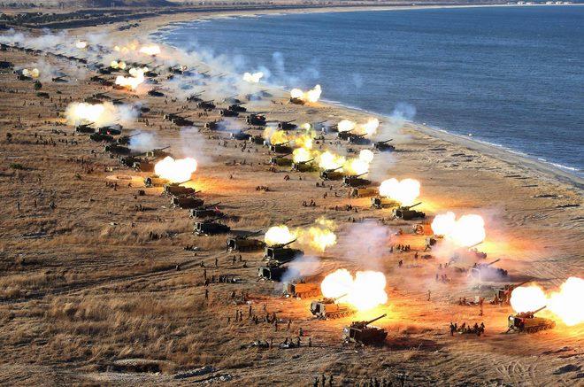 Chuyên gia: Có dấu hiệu Mỹ sẽ tấn công Triều Tiên - 2