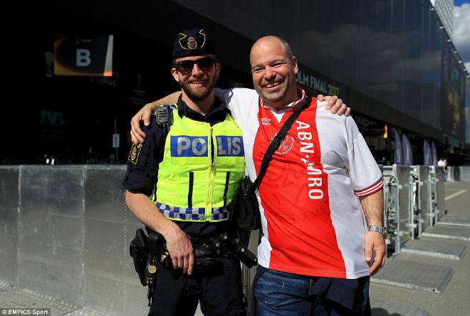 Chi tiết MU – Ajax Amsterdam: An toàn là trên hết (KT) - 23
