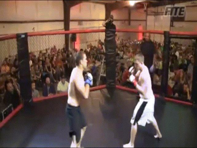 MMA: 2 năm
