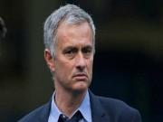 Hậu trường MU: Mourinho và người đàn ông chạy Grab