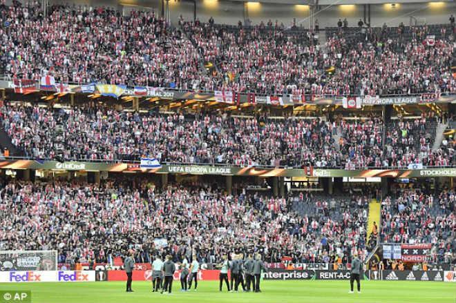 Chi tiết MU – Ajax Amsterdam: An toàn là trên hết (KT) - 13