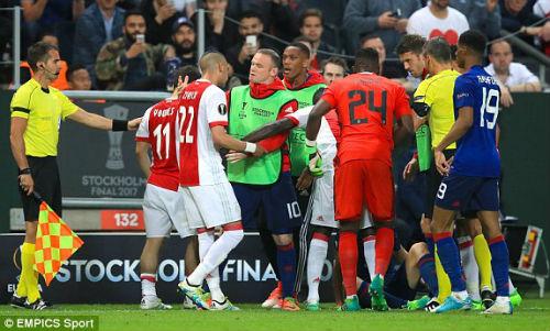 Chi tiết MU – Ajax Amsterdam: An toàn là trên hết (KT) - 9