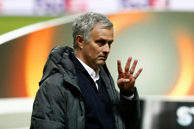 MU lên đỉnh Europa League: Mourinho, 4 thiên đường và 9 tầng mây - 1
