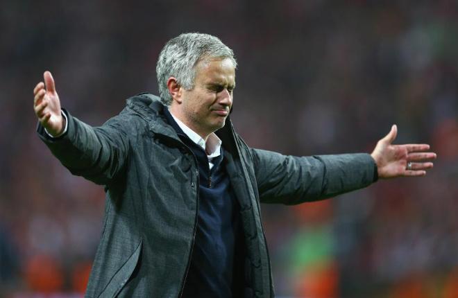 MU lên đỉnh Europa League: Mourinho, 4 thiên đường và 9 tầng mây - 8
