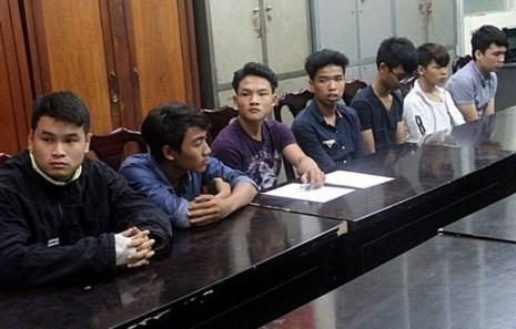 9 thanh niên đập phá hàng loạt ô tô ở Đà Nẵng bị bắt - 1