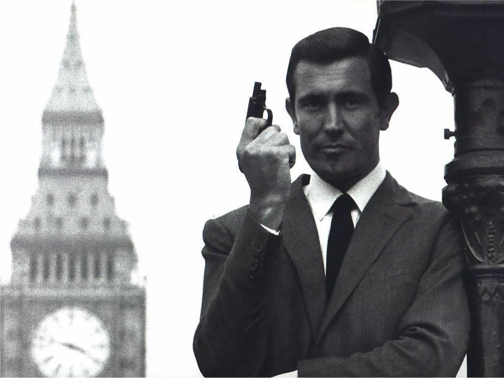 """James Bond """"sát gái"""" và kiếm lời nhiều nhất cho """"007"""" là ai? - 7"""