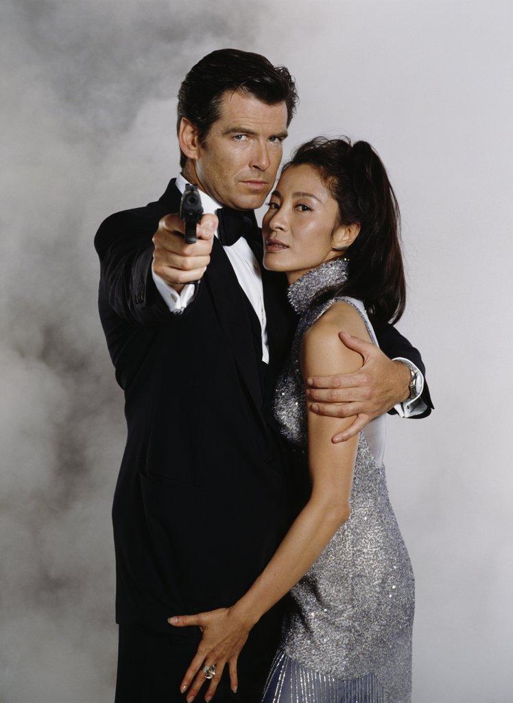 """James Bond """"sát gái"""" và kiếm lời nhiều nhất cho """"007"""" là ai? - 12"""