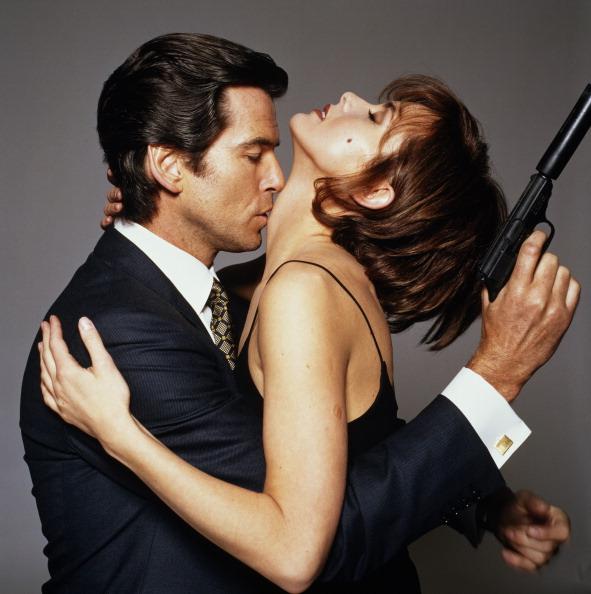 """James Bond """"sát gái"""" và kiếm lời nhiều nhất cho """"007"""" là ai? - 11"""