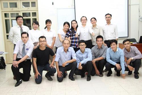 Giảng viên HV TESOL Hoa Kỳ thán phục trình độ tiếng Anh của sinh viên Tân Tạo - 1