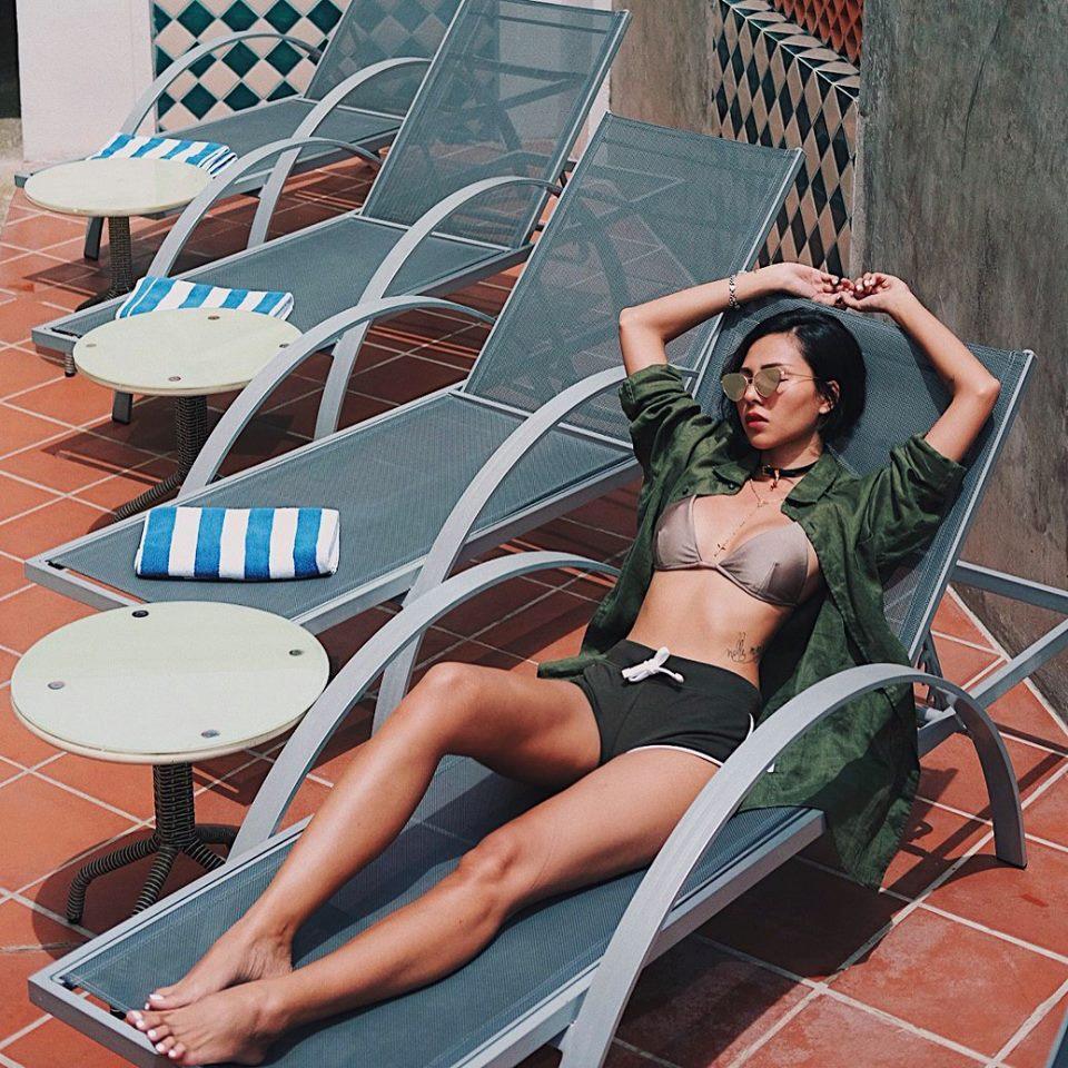 """Cuộc đua """"nữ hoàng áo tắm"""" khốc liệt của mỹ nữ Việt khi hè về - 2"""