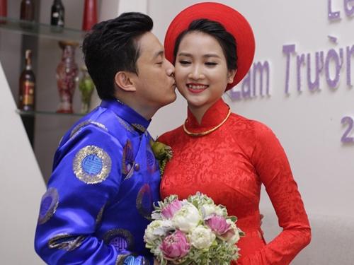 Bố mẹ chồng sao Việt gây choáng vì tặng đồng hồ ngàn đô, trang sức tiền tỷ - 10