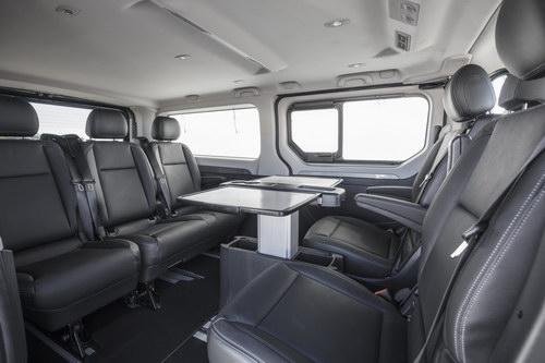 Renault Trafic SpaceClass: Đối thủ Mercedes V-Class - 3