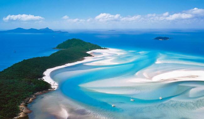 Whitehaven Beach, Australia: Bãi biển có chiều dài 7km chạy dọc hòn đảo Whitsunday.