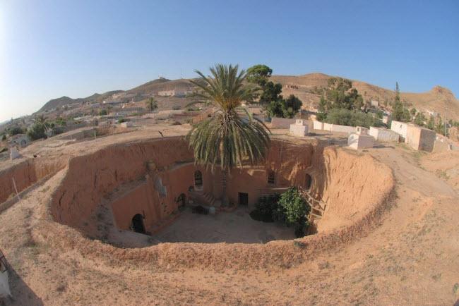 """""""Trốn nóng"""" trong những ngôi nhà ẩn mình dưới mặt đất ở Tunisia - 2"""