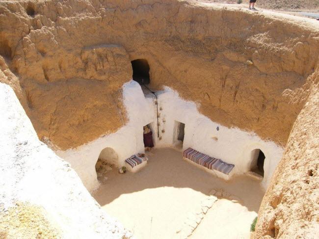 """""""Trốn nóng"""" trong những ngôi nhà ẩn mình dưới mặt đất ở Tunisia - 3"""
