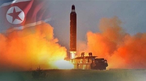 Muốn bắn tới Mỹ, tên lửa hạt nhân Triều Tiên phải nhờ TQ? - 1