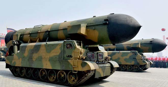Muốn bắn tới Mỹ, tên lửa hạt nhân Triều Tiên phải nhờ TQ? - 3