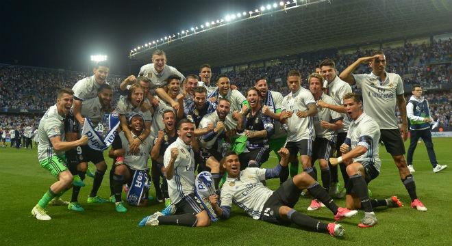 Real sắp đá chung kết Cúp C1: Ronaldo có tin vui, không lo tù tội - 2