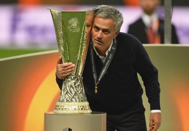 Mourinho ăn 3, Pep trắng tay: Chương mới của cuộc chiến - 3
