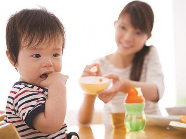 Đừng mong trẻ hết còi cọc, ốm yếu nếu cha mẹ cho con ăn theo cách này