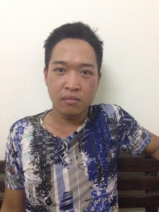 Tin mới nhất vụ chồng vác dao truy sát vợ ở Hàng Bông - 1