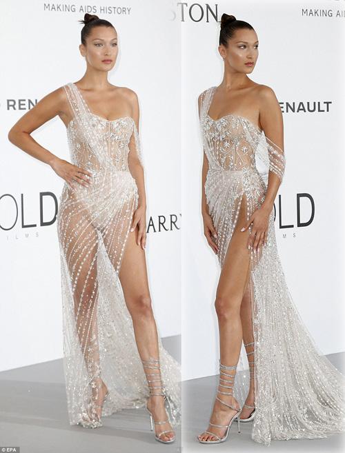 """Kiều nữ """"hot"""" nhất Hollywood mặc váy trong suốt gây sốc - 4"""