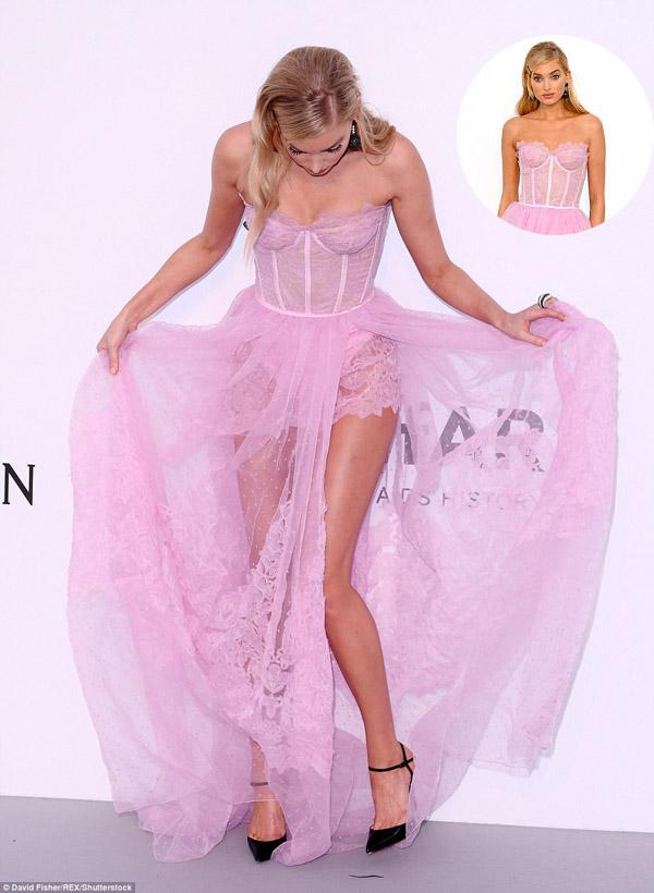 """Kiều nữ """"hot"""" nhất Hollywood mặc váy trong suốt gây sốc - 12"""