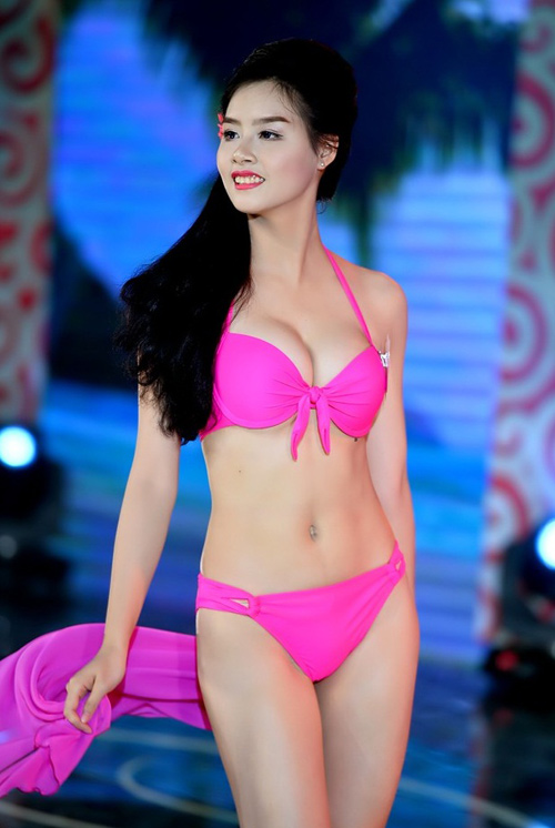 """Hoa hậu Biển """"lên đời"""" sắc vóc sau 1 năm """"tu luyện"""" - 5"""
