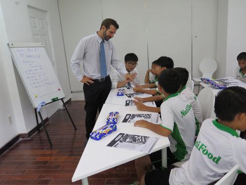 Học viện bóng đá Nutifood tuyển sinh khóa 2 - 1