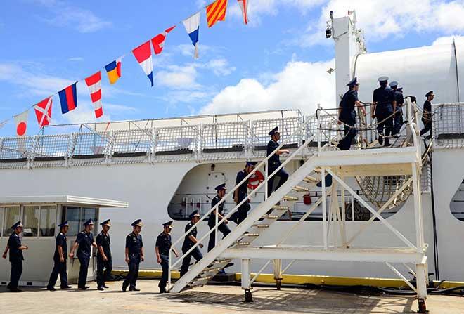 Cảnh sát biển Việt Nam nhận tàu tuần duyên từ Mỹ - 1